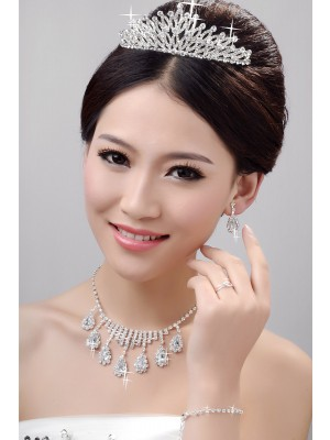Awesome Alloy Clear Cristaless Wedding Party Earrings Set